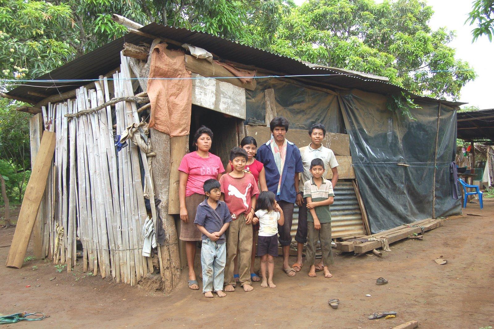 南美尼加拉瓜一個貧窮家庭的住所 (圖:Nancy Palacios)